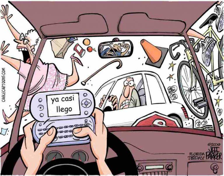Conducir y hablar por teléfono celular, una combinación mortal