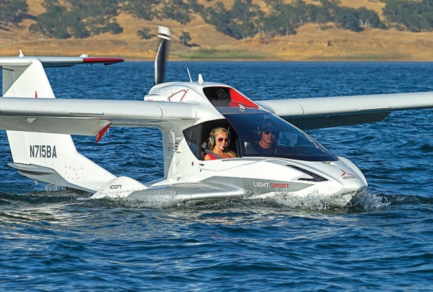 Photo of ICON A5