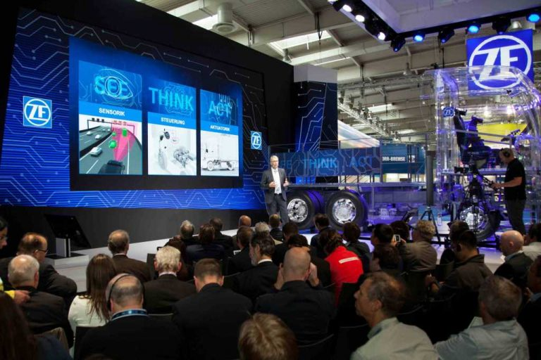 ZF impulsa la electrificación y la autonomía de los vehículos