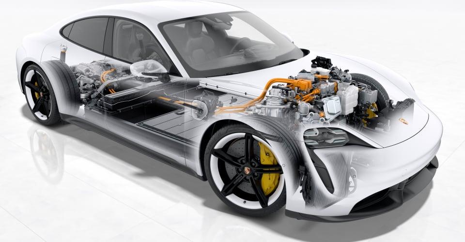 Photo of Porsche Taycan: 270kW de carga, primer auto de producción en usar arquitectura de 800V y batería inteligente