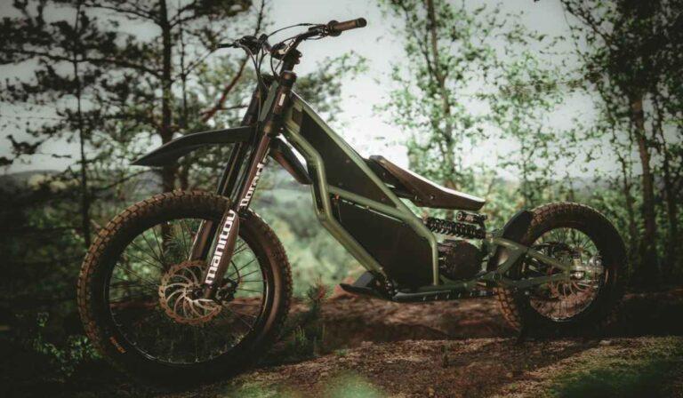 Esta ágil moto de motocross eléctrica te sorprenderá.