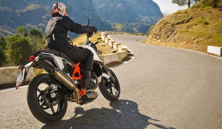 Mitos de seguridad sobre la conducción de motocicletas