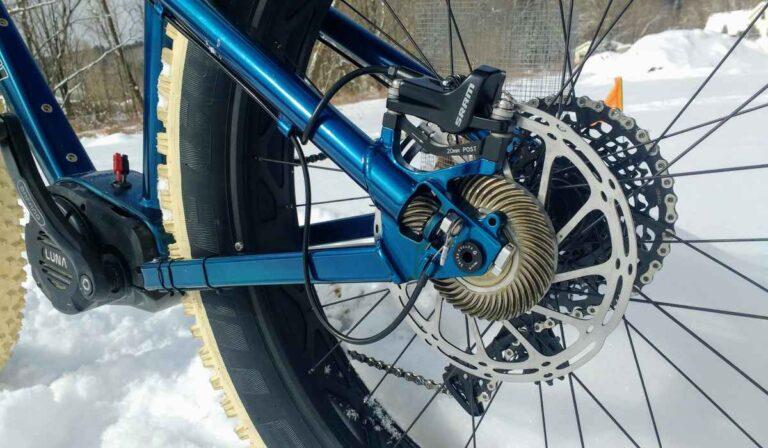 ATVs eléctricos de dos ruedas con una increíble tracción a las cuatro ruedas