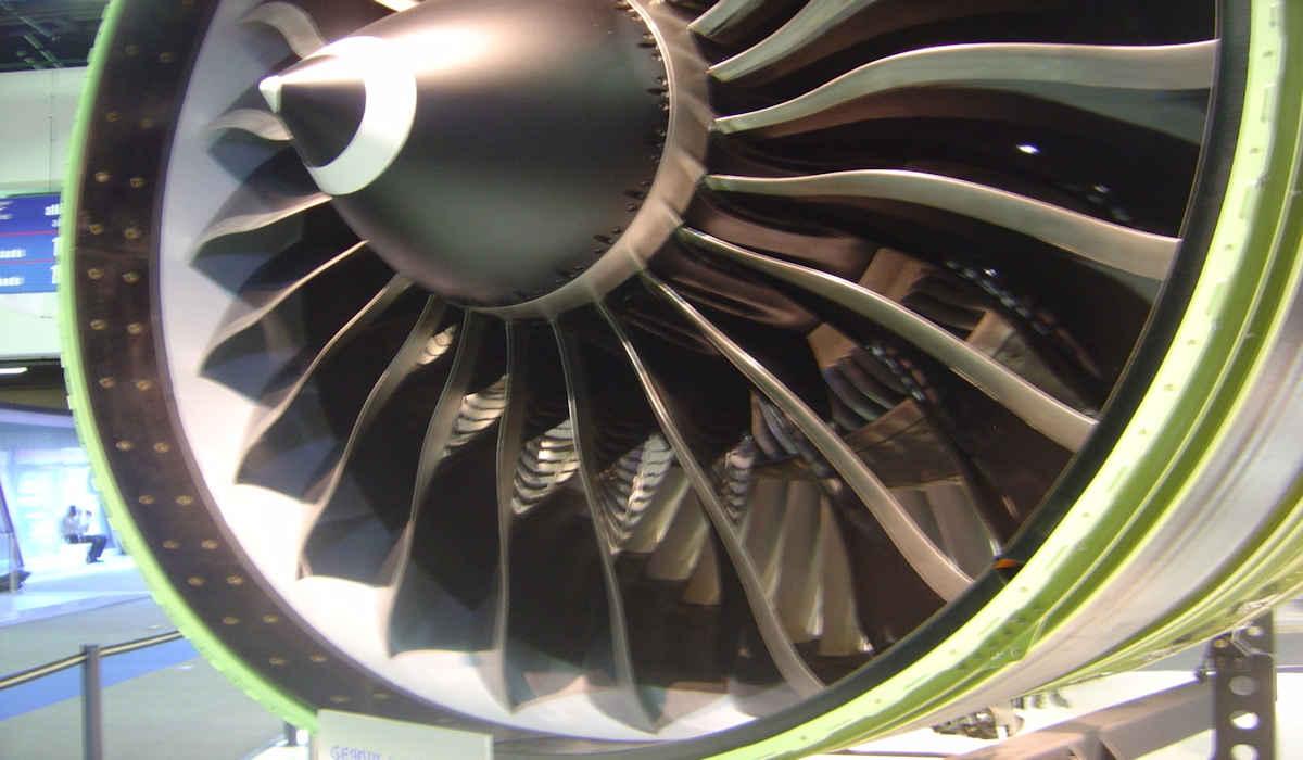 Chinos desarrollan un motor turbojet 100% eléctrico para aviones