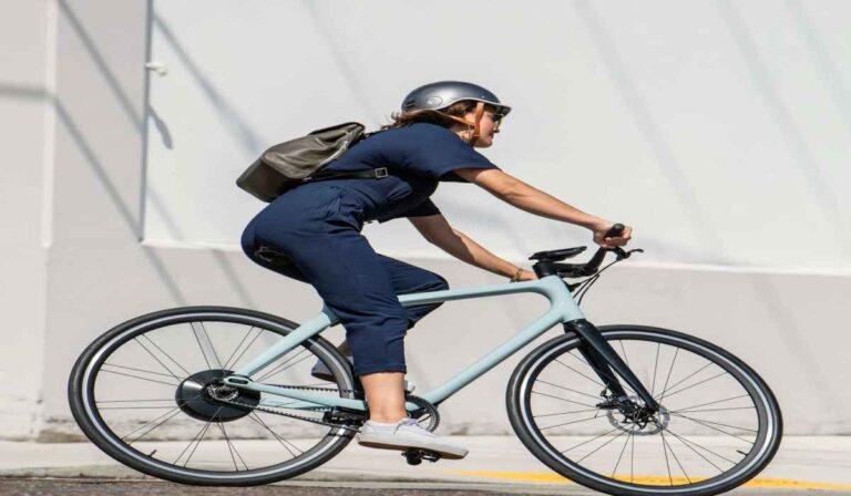 Gogoro Eeyo 1, la bicicleta eléctrica que apuesta todo por el estilo.