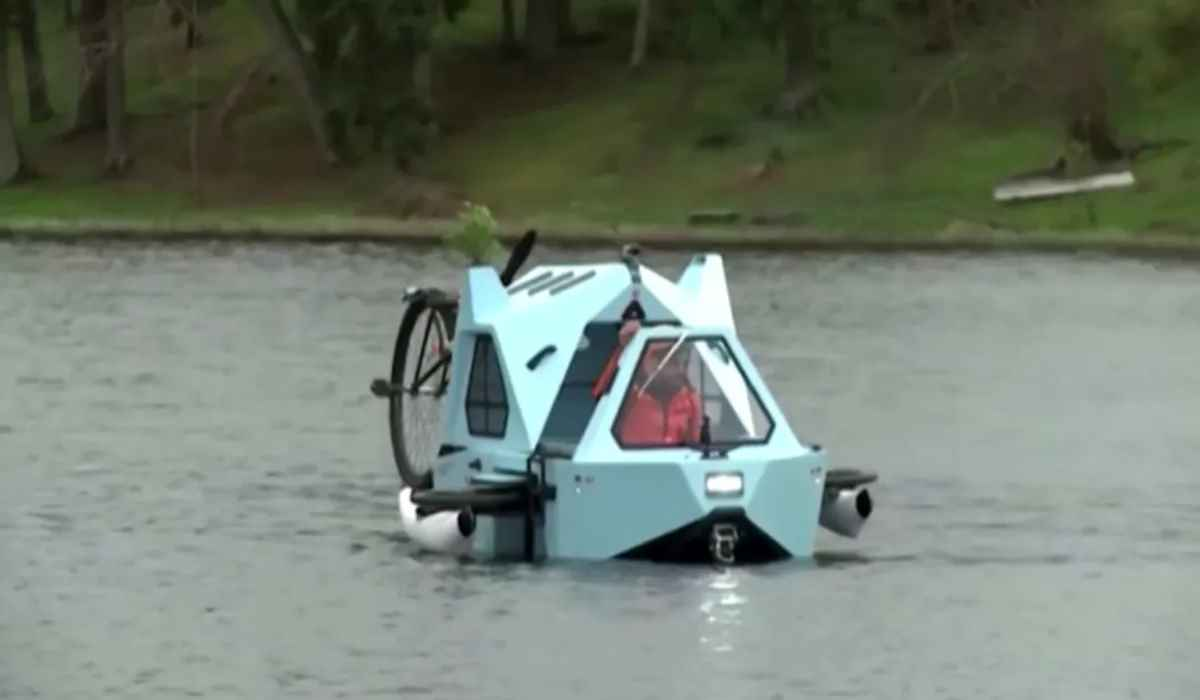Descubre el Z-Triton, un increíble triciclo eléctrico-caravana-barco