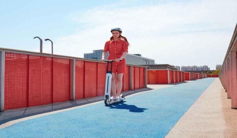 Segway Ninebot lanza su nuevo scooter eléctrico plegable Air T15