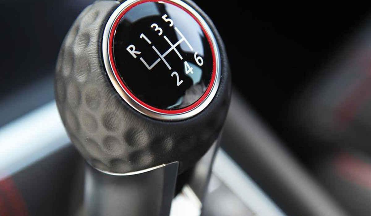 Los 7 mejores consejos para conducir con palanca de cambios