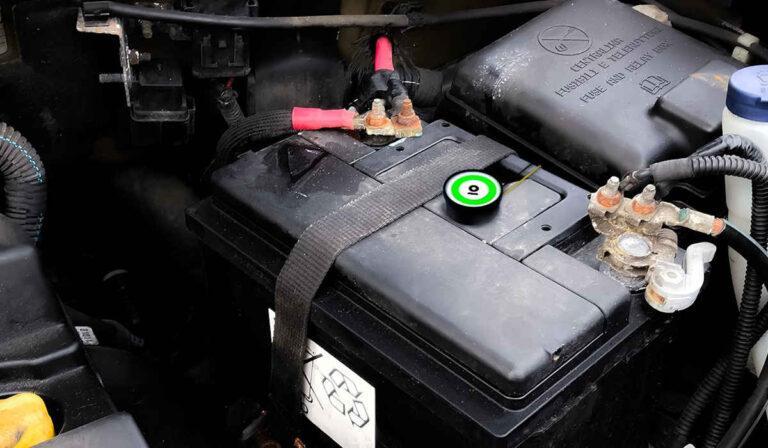 Esto es lo que no debes hacer hacer con tu batería para carro