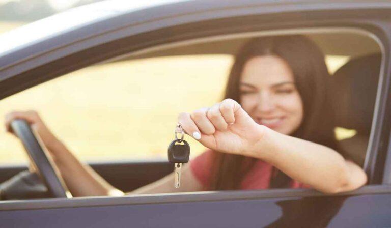 Trámites necesarios a la hora de comprar o vender un vehículo en España siendo extranjero